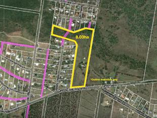 Attention developers - 8 ha acreage with 13 lot DA approval. - Gowrie Junction