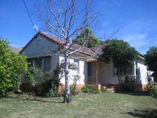 WELL LOCATED HOME AND READY TO MOVE INTO - Mount Waverley