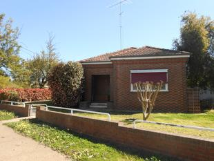 Convenience of Central Living! - Wagga Wagga