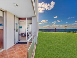 "Ground Floor Beachfront Living - ""Marquesas"" - Narrabeen"
