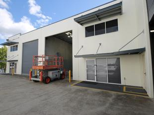 170m2* Modern Industrial Warehouse/Office Unit - Capalaba