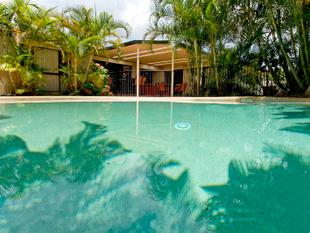 Relaxed Style with IG Pool & SPA + SIDE ACCESS! - Redland Bay