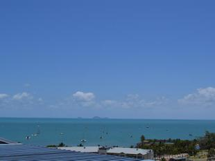 STUNNING CORAL SEA OUTLOOK! - Airlie Beach