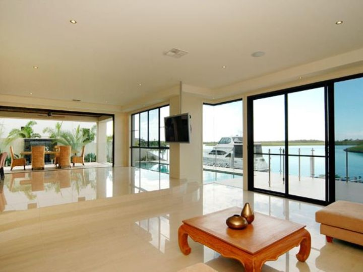 2052 The Circle, Sanctuary Cove, QLD
