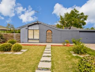 Calling All Investors & 1st Homebuyers, Great Value in this One. - Hallett Cove
