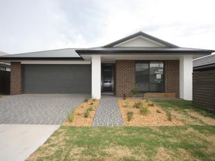 4 BEDROOM HOME IN GLEDSWOOD HILLS - Gregory Hills