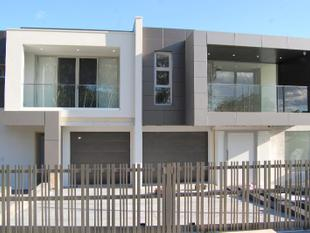 BRAND NEW - ULTRA MODERN HOME - Guildford West