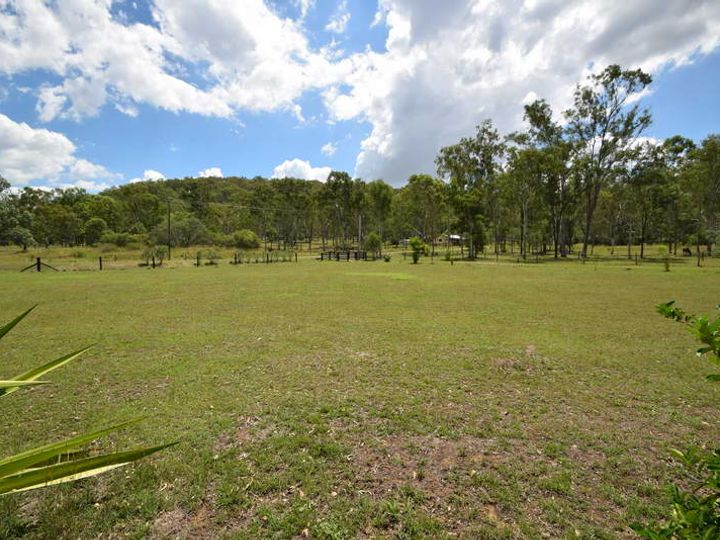 87 Outlook Drive, Esk, QLD