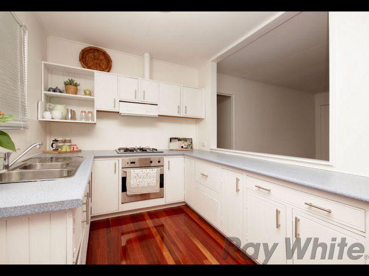 13 Heather Street, Silkstone, QLD
