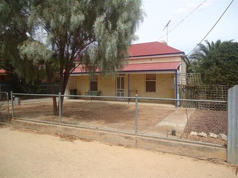 Balaklava, 58 Edith Terrace