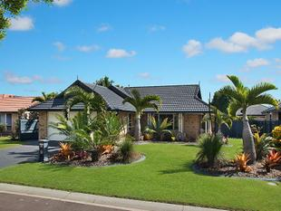 Family Home In The Heart Of Pelican Waters - Pelican Waters