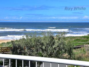 Stunning Ocean Front Family Home - Must View! - Shelly Beach