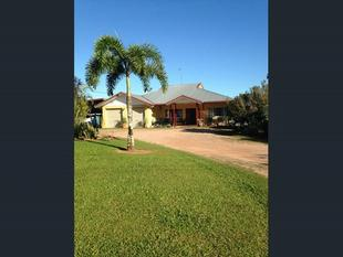 NICE COUNTRY HOME ON OVER 1 ACRE IN NICE SUBDIVISION !! - Feluga