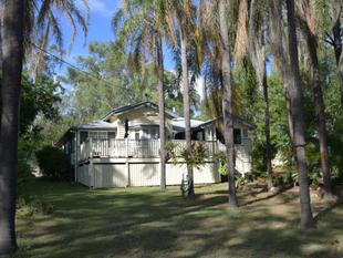 Classic Esk Timber Home on 1894sqm Walking Distance to Town - Esk