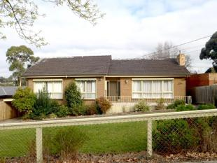 CLASSIC AND COMFORTABLE HOME - Ringwood