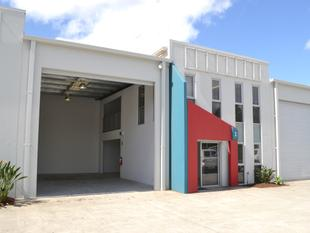 Exceptional Small Warehouse & Office Space - Coomera