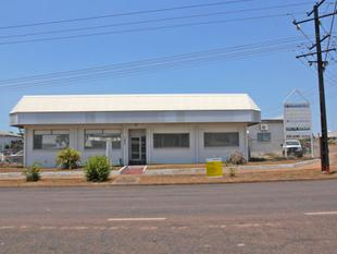 FULLY AIRCONDITIONED TENANCY  OFFICE / SHOWROOM - Winnellie