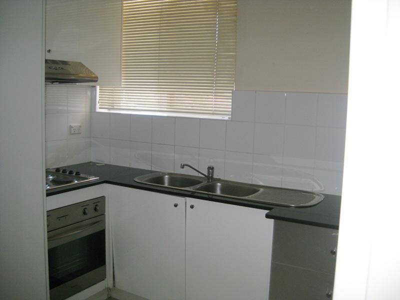 8 2 collimore avenue liverpool nsw rental unit for rent for Kitchens liverpool nsw