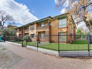 Great Unit In A Sought After Suburb! - Rose Park