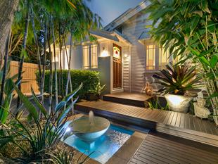 Classic  Queenslander  Located 150 Metres to Golf Course - Wynnum