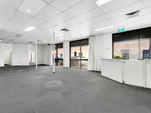 Ground Floor Office In Bundall With Amazing Parking - Bundall
