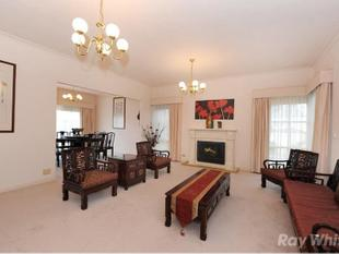 3 BEDROOM PLUS STUDY IN THE GOLDEN MILE! - Wheelers Hill