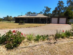 CONVENIENTLY LOCATED, COUNTRY LIFESTYLE - Nanango