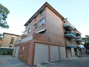 BEAUTIFUL UNIT LOOKING FOR THE RIGHT TENANT - Canley Vale