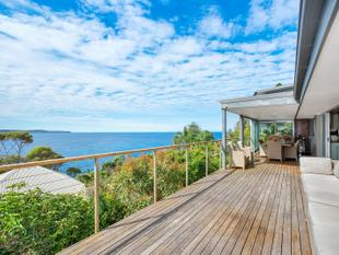 ELEVATED SECLUSION WITH SPECTACULAR COASTAL VIEWS - Whale Beach