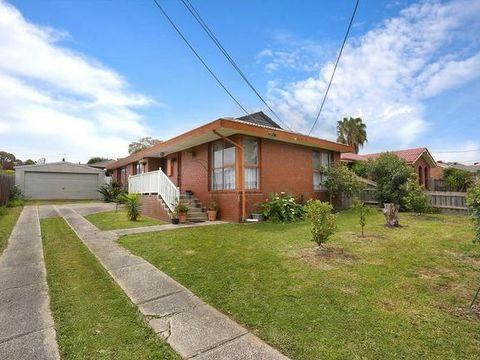 Bundoora, 136 Mcleans Road