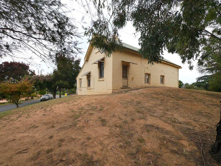15 College Drive, Cowra, NSW