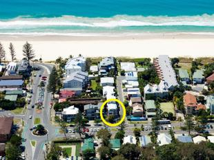 """ PRICED TO SELL "" - MODERN VILLA with NO ROADS TO CROSS TO THE BEACH - Currumbin"