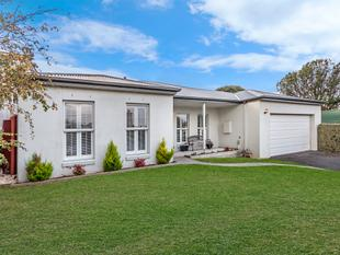 Private & Central Townhouse - Warrnambool