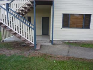DOWNSTAIRS 3 BEDROOM UNIT IN A GREAT LOCATION - Sunnybank