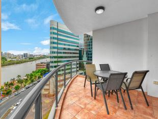 Have The River Right On Your Doorstep - $520p/w Lease until February 2018 - Brisbane