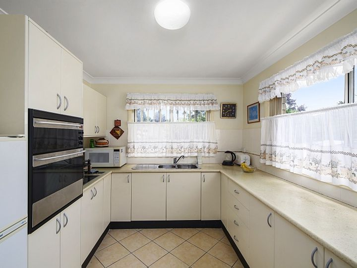 210A Brisbane Water Drive, Point Clare, NSW
