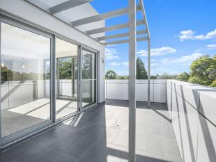 STUNNING TOP FLOOR APARTMENT - Epping
