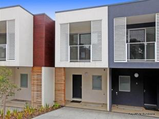 WALK TO RMIT, UNIVERSITY HILL & SO MUCH MORE! - Bundoora