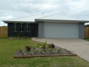 PET FRIENDLY 4 BEDROOM HOME WITH HUGE YARD, SIDE ACCESS AND FULL AIRCONDITIONED - Bucasia
