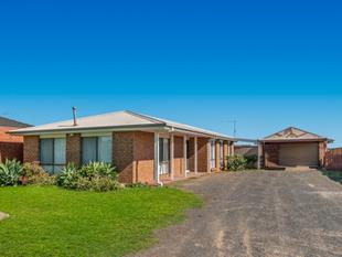 LARGE BLOCK, GREAT LOCATION - Melton South