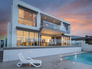 Executive Entertainer with Wide Water and Skyline Views  Dual Living Possibility - Sorrento