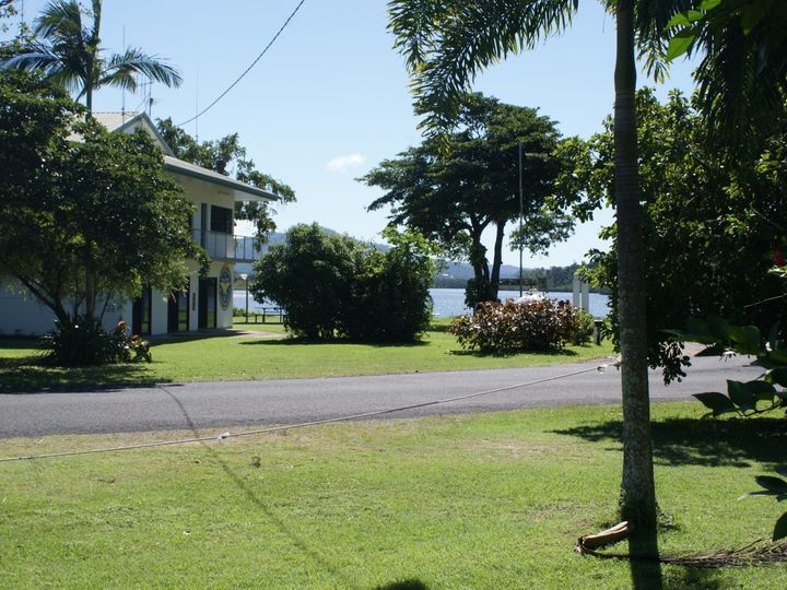8 Luff Street, Hull Heads, QLD