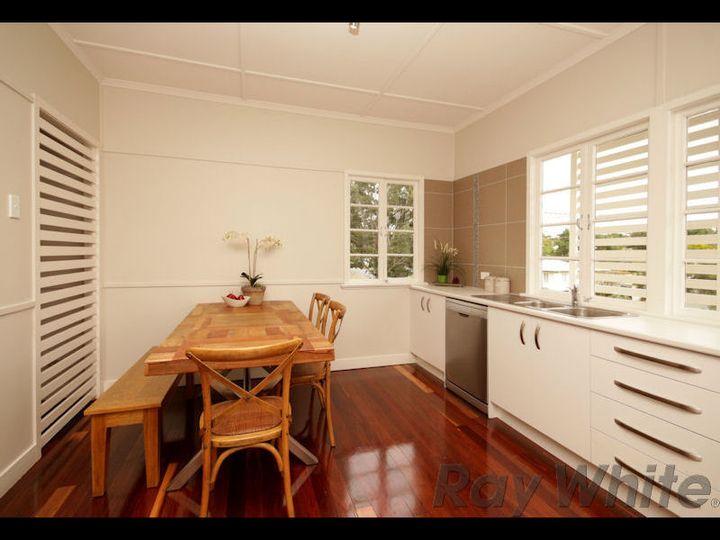 36 Frederick Street, Newtown, QLD