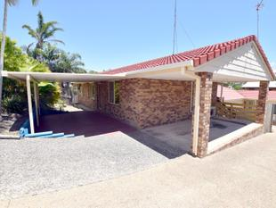 :: BRICK FAMILY HOME IN QUIET STREET, VERY CLOSE TO THE CITY (14 IMAGES) - West Gladstone