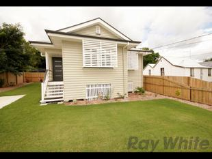 Cute and Renovated Cottage - Newtown