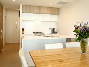 Motivated Sellers - All Offers Considered - 'Atria' Inner-City living amongst the Parklands - Hamilton