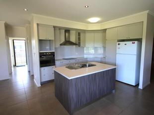 Near New Home For A Great Price! - Mareeba