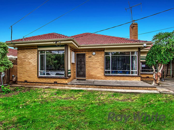 261 Main Road East, St Albans, VIC