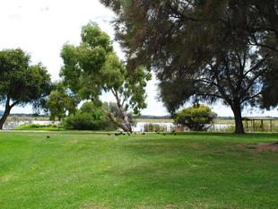 Super Location for You! Be Quick..... - Churchlands