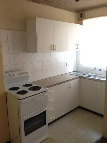 5 51 57 castlereagh street liverpool nsw rental unit for Kitchens liverpool nsw